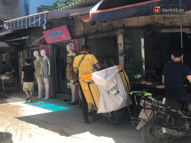 """Dân nghèo ở Hà Nội gồng mình mưu sinh dưới nắng nóng đỉnh điểm: """"Đội nắng nhặt 100 vỏ lon nhôm, bán được 15 nghìn đồng nhưng vẫn phải cố"""" - Ảnh 13."""