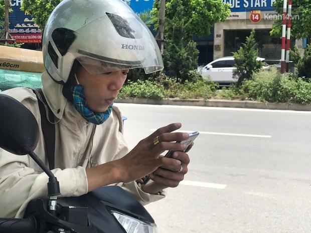"""Dân nghèo ở Hà Nội gồng mình mưu sinh dưới nắng nóng đỉnh điểm: """"Đội nắng nhặt 100 vỏ lon nhôm, bán được 15 nghìn đồng nhưng vẫn phải cố"""" - Ảnh 12."""