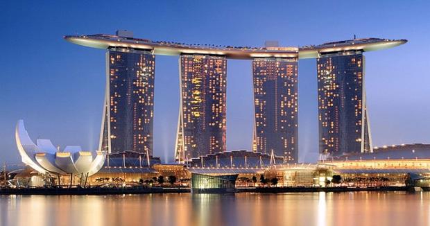 """Trung Quốc ra mắt toà nhà nằm ngang cao nhất thế giới, lập tức dính nghi án """"đạo nhái"""" một công trình nổi tiếng khác của Singapore? - Ảnh 6."""
