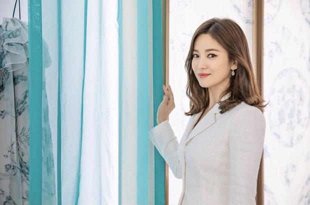 Song Hye Kyo lần đầu dự sự kiện VIP tại Hàn sau vụ ly hôn 2000 tỷ chỉ vì nam tài tử này - Ảnh 5.