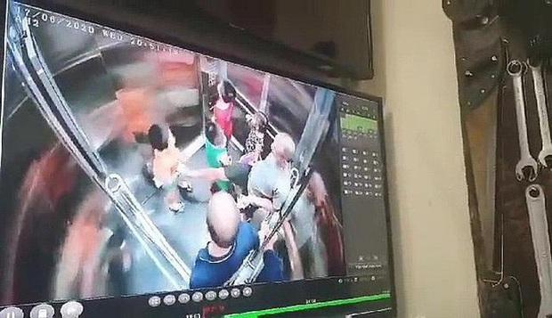 Lời gan ruột của người mẹ có con trai 6 tuổi nghi bị dâm ô trong thang máy chung cư - Ảnh 2.