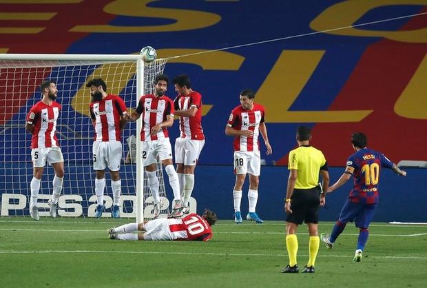 Barca thoát hiểm đầy kịch tính trong ngày sinh nhật Messi - Ảnh 2.