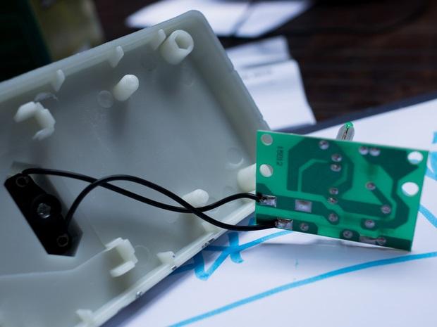 Tăng sốc hóa đơn điện vào tháng hè, dân tình lùng mua thiết bị tiết kiệm điện mong cứu vãn nhưng vỡ mộng - Ảnh 4.