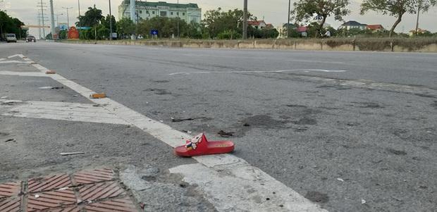 Bé trai 18 tháng tuổi thoát chết kỳ diệu sau vụ tai nạn nghiêm trọng khiến cả gia đình nhập viện ở Ninh Bình - Ảnh 4.