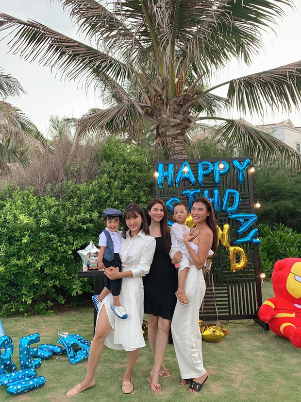Hội bạn thân dự sinh nhật con trai Lương Thế Thành - Thuý Diễm: Nhan sắc dàn mẹ bỉm chiếm trọn spotlight! - Ảnh 4.