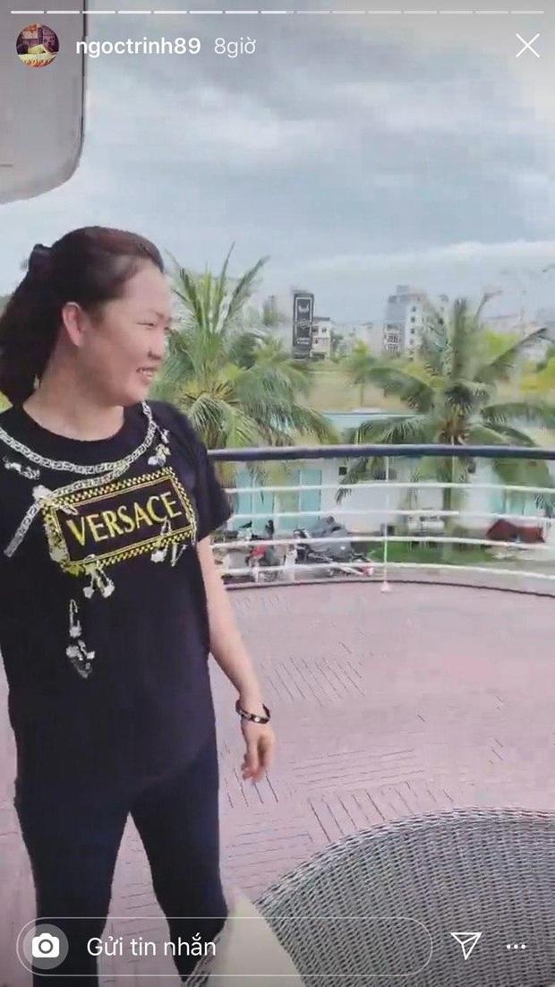Đẳng cấp trợ lý tổng tài Ngọc Trinh: Được trả lương khủng nên toàn mặc đồ Versace, Gucci, công việc đáng mơ ước thật sự! - Ảnh 3.