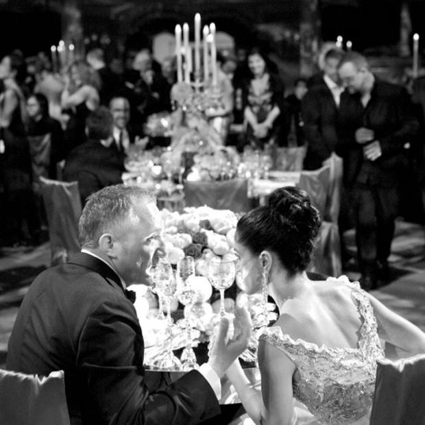 Vợ minh tinh của ông trùm thời trang thế giới: Nổi tiếng nhờ cảnh khỏa thân, cuộc gặp với tỷ phú tới hôn lễ được Tổng thống chúc phúc - Ảnh 10.