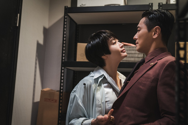 Hyena tiễn Quân Vương Bất Diệt của Lee Min Ho ra chuồng gà ở khoản kiếm tiền cho đài, một tập sinh lời 20 tỷ nhìn mà ham! - Ảnh 2.
