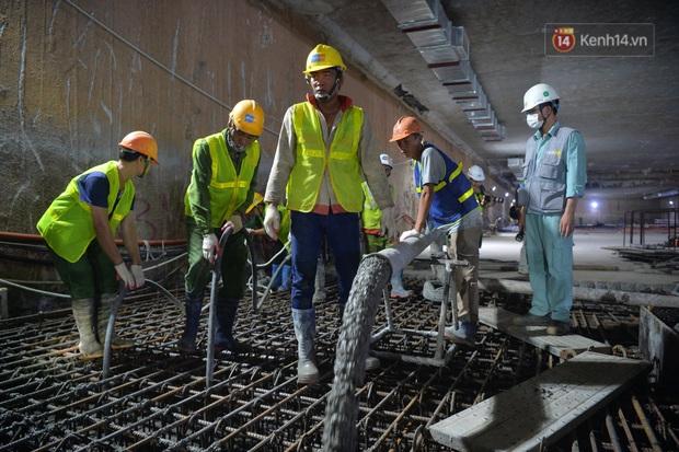 Hợp long khu vực trung chuyển ga ngầm S9 dự án đường sắt đô thị Nhổn - ga Hà Nội - Ảnh 3.