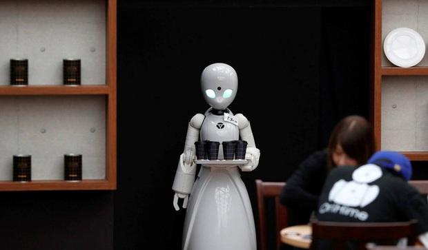 Bất ngờ với top 10 nghề lương cao mà người Nhật nghĩ robot làm tốt hơn con người - Ảnh 1.