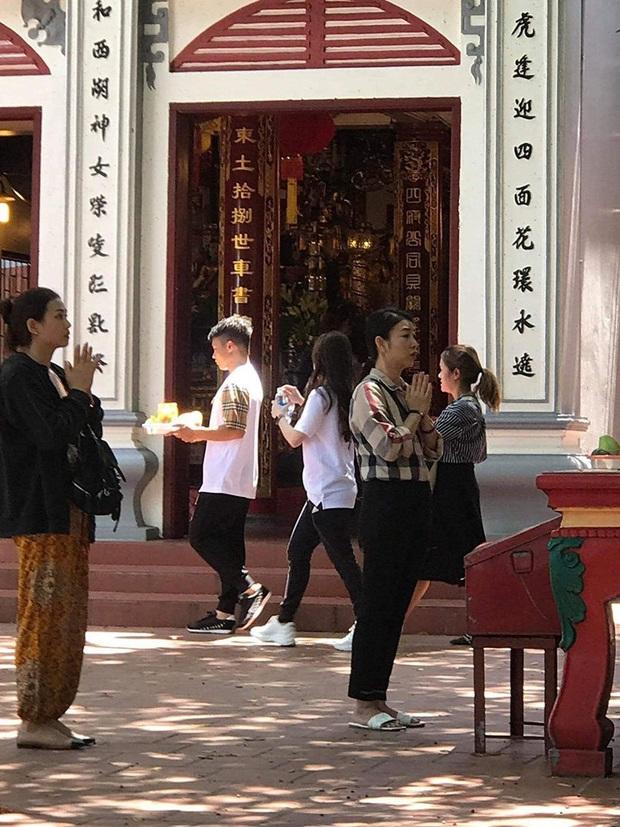 Xôn xao hình ảnh nghi vấn Quang Hải lần đầu xuất hiện bên Huỳnh Anh sau lùm xùm, biểu cảm của cả 2 gây chú ý - Ảnh 2.