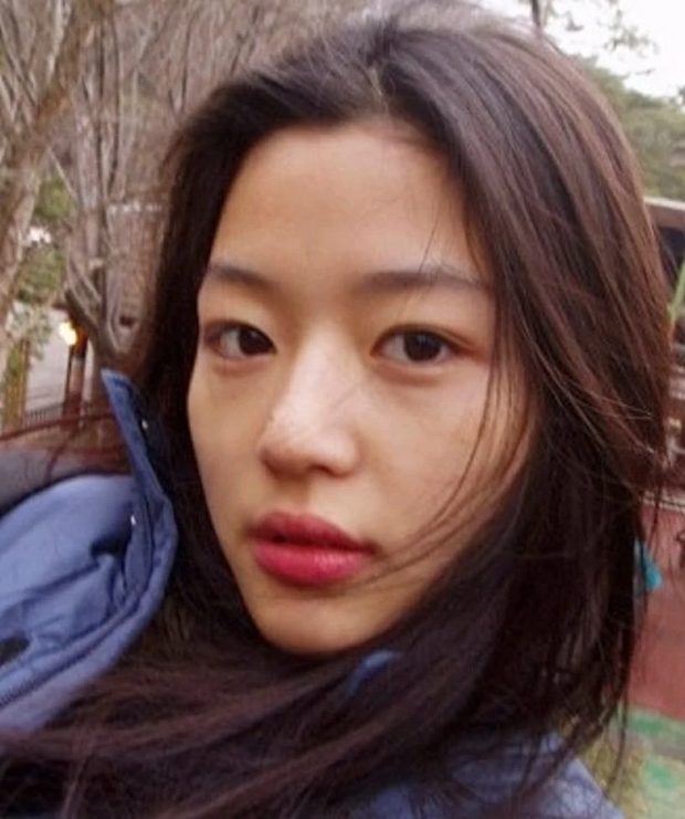 12 sao nữ sở hữu mặt mộc đẹp nhất Hàn Quốc: Nữ hoàng dao kéo cũng có mặt, Song Hye Kyo - Son Ye Jin có đọ được với dàn nữ thần Kpop? - Ảnh 22.
