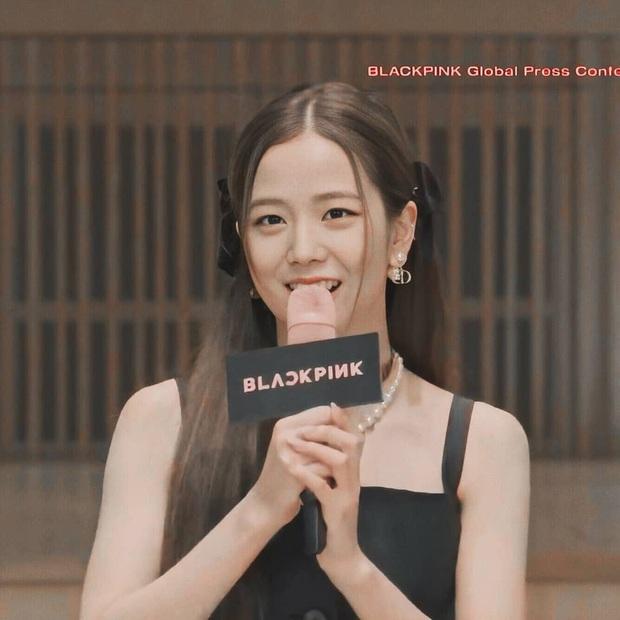 Tóc tai của Black Pink trong họp báo comeback: Có vẻ như hair stylist độ Jisoo mà không độ Lisa, Jennie - Ảnh 4.