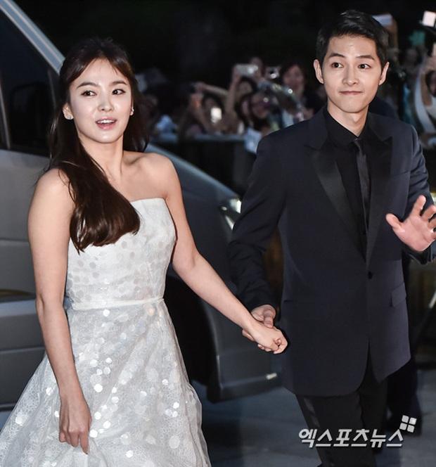 8 lần Song Hye Kyo gây nổ thảm đỏ, sự kiện: 2 dịp làm đám cưới sớm với Song Joong Ki, sau ly hôn lại lột xác ngỡ ngàng - Ảnh 6.