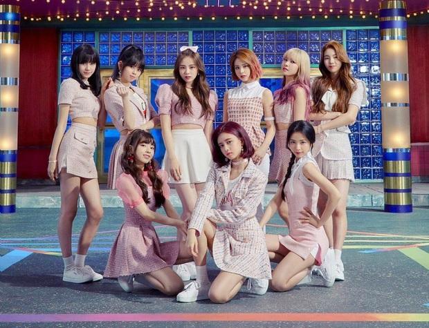 """JYP """"chốt"""" đội hình nhóm """"em gái"""" TWICE phiên bản Nhật, Knet hết băn khoăn lại lo lắng: """"Họ sẽ thành mối đe dọa của Kpop trong tương lai mất!"""" - Ảnh 12."""