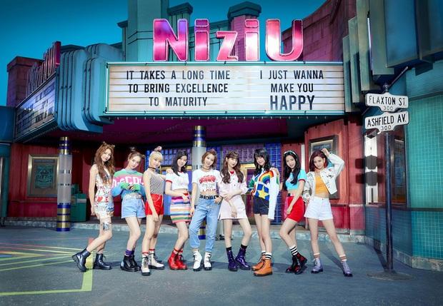 """JYP """"chốt"""" đội hình nhóm """"em gái"""" TWICE phiên bản Nhật, Knet hết băn khoăn lại lo lắng: """"Họ sẽ thành mối đe dọa của Kpop trong tương lai mất!"""" - Ảnh 1."""