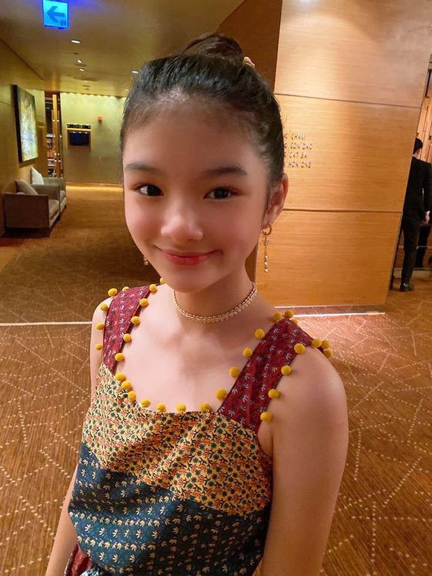 Con gái Trương Ngọc Ánh và Trần Bảo Sơn trổ mã thành công khi bước sang tuổi 12, sở hữu chiều cao cùng nét đẹp vượt trội - Ảnh 2.