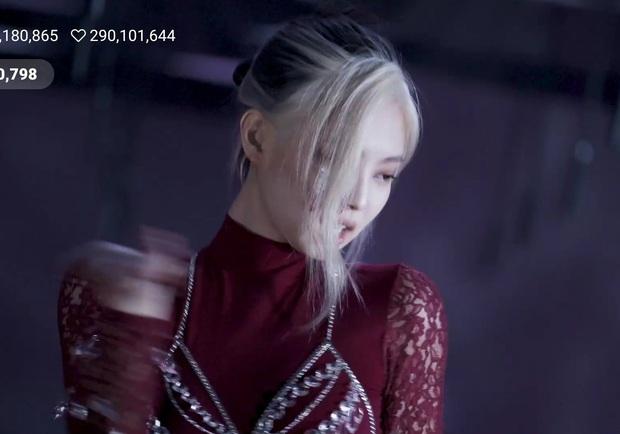 Ở họp báo hơi fail nhưng tóc của Jennie trong MV đỉnh không ngờ, bất ngờ nhất là tóc ngắn ngang vai cô chưa diện bao giờ - Ảnh 3.