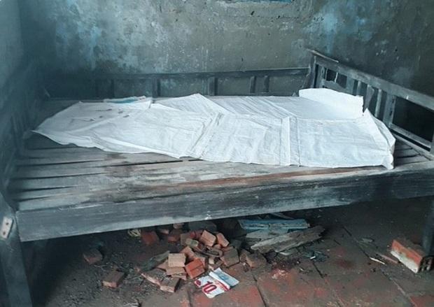 Cụ bà 78 tuổi bị con dâu và cháu nội bỏ rơi ở căn nhà hoang đã qua đời - Ảnh 1.
