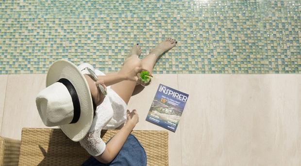 Bí quyết để có những tấm hình bên bể bơi như travel blogger: Du lịch thời nay, ngoài ăn chơi nghỉ dưỡng, đi về nhất định phải có ảnh đẹp!  - Ảnh 13.