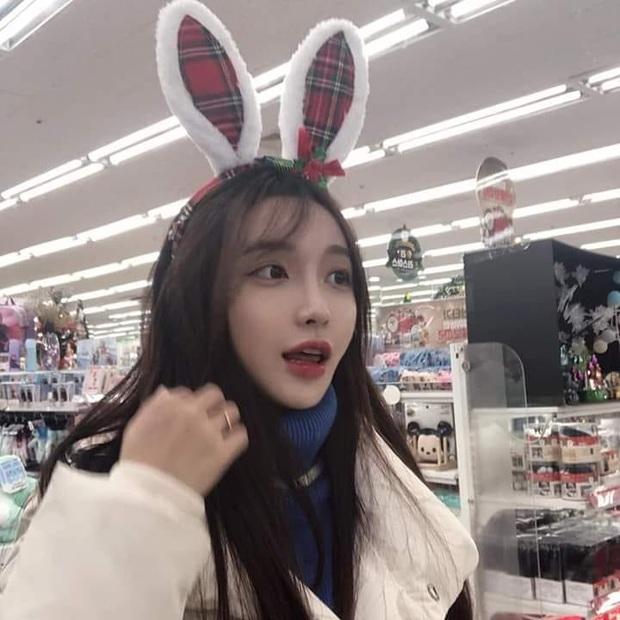 Hot girl ngực khủng xứ Hàn đi lạc vào livestream của nhiều game thủ Việt, liên tục thả thính đẹp trai là được - Ảnh 3.