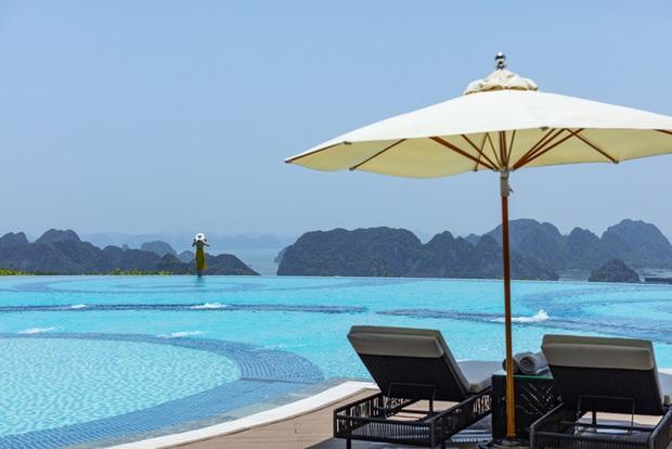 Bí quyết để có những tấm hình bên bể bơi như travel blogger: Du lịch thời nay, ngoài ăn chơi nghỉ dưỡng, đi về nhất định phải có ảnh đẹp!  - Ảnh 3.