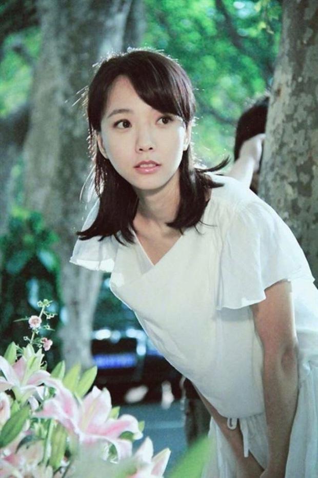 Tứ tiểu hoa đán của 10 năm trước giờ ra sao: Dương Mịch và Lưu Diệc Phi dù nổi tiếng nhưng vẫn không thể sánh bằng người đẹp này - Ảnh 9.