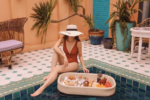 Bí quyết để có những tấm hình bên bể bơi như travel blogger: Du lịch thời nay, ngoài ăn chơi nghỉ dưỡng, đi về nhất định phải có ảnh đẹp!  - Ảnh 9.