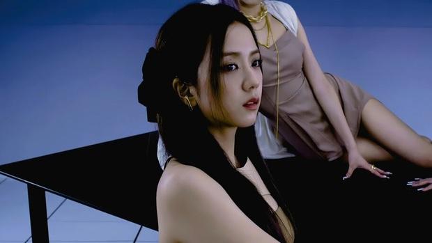 Giật mình sự thật Jisoo (BLACKPINK) và bé Xuân Mai... bằng tuổi: Thời gian đúng là một cú lừa! - Ảnh 6.