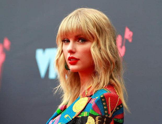Sơn Tùng M-TP thả thính cả vườn hoa, fan Taylor Swift có ngay nguồn cảm hứng đu trend chế ảnh troll thần tượng - Ảnh 7.