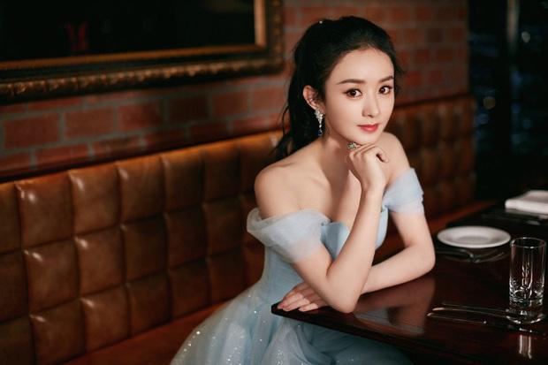 Mật báo Cbiz: Angela Baby chơi khăm Triệu Lệ Dĩnh, Lý Thần lại ké fame Phạm Băng Băng và truyện động trời về nữ idol - Ảnh 2.