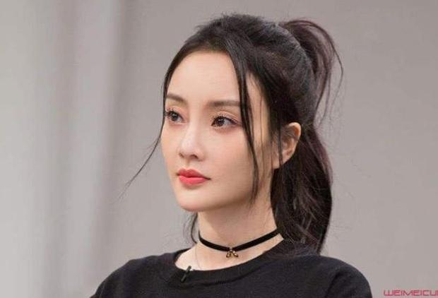 Mật báo Cbiz: Angela Baby chơi khăm Triệu Lệ Dĩnh, Lý Thần lại ké fame Phạm Băng Băng và truyện động trời về nữ idol - Ảnh 7.