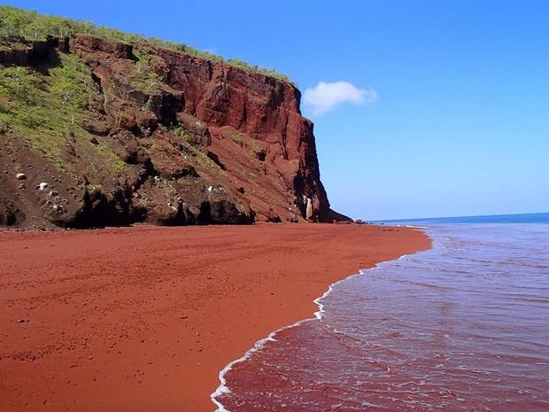 Không tin vào mắt mình trước 15 bãi biển độc nhất hành tinh, nơi nào cũng sở hữu vẻ đẹp ngỡ chỉ có trong trí tưởng tượng - Ảnh 26.