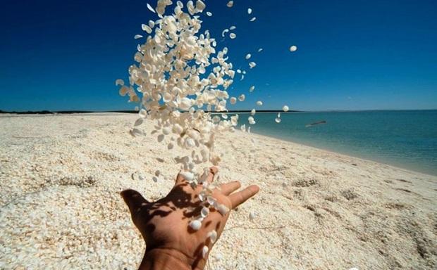 Không tin vào mắt mình trước 15 bãi biển độc nhất hành tinh, nơi nào cũng sở hữu vẻ đẹp ngỡ chỉ có trong trí tưởng tượng - Ảnh 15.