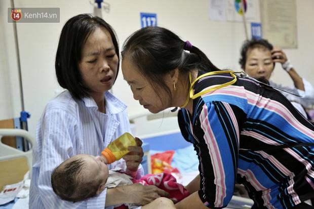 """Người mẹ ung thư thà chết không bỏ con và 3 lần phẫu thuật liên tiếp sau sinh: """"Bé sinh ra chẳng được được bú giọt sữa mẹ nào"""" - Ảnh 6."""