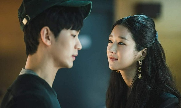 4 chị đại phim Hàn mê trai rớt liêm sỉ: Nhà văn Seo Ye Jin và quái nữ Kim Yoo Jung đang tranh nhau hạng nhất - Ảnh 4.