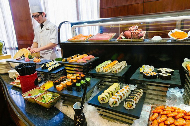 Tại sao khách sạn thường phục vụ buffet sáng miễn phí cho khách thuê phòng? - Ảnh 1.