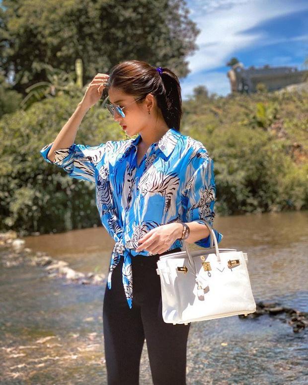 Style Hè của bạn sẽ thật nhàm chán nếu còn chưa sắm ngay 1 em áo họa tiết như sao Việt - Ảnh 1.