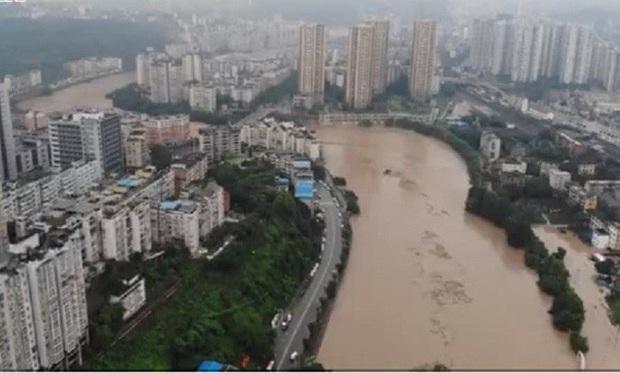 Trung Quốc: Lũ lụt lan rộng 26 tỉnh, đập Tam Hiệp gặp thử thách lớn nhất 17 năm - Ảnh 3.