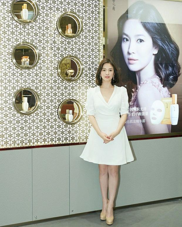 Rút kinh nghiệm từ Song Hye Kyo, chị em sẽ biết mẫu giày nào nên - không nên diện nếu chân ngắn và thô - Ảnh 6.