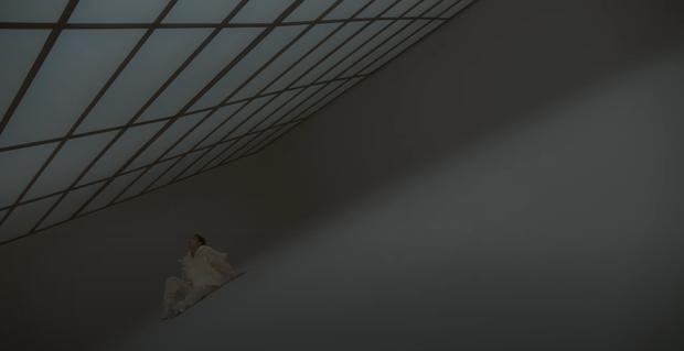 HOT: Sơn Tùng M-TP tung teaser MV Có Chắc Yêu Là Đây đầy bí ẩn, tên bài hát nghe tưởng ngọt ngào tình cảm nhưng lại đấm ai thế kia? - Ảnh 2.
