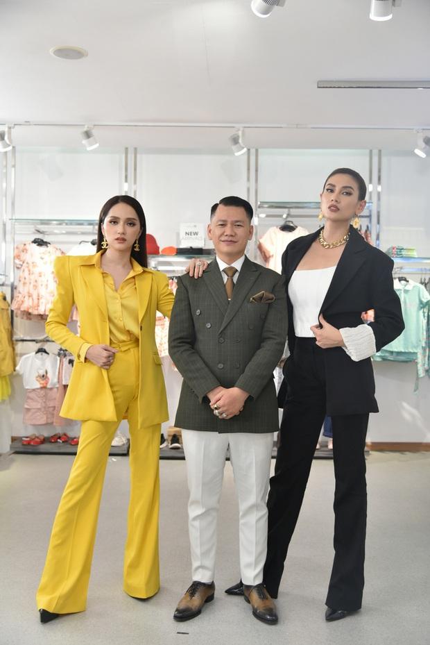 Hương Giang ngẫu hứng hát Cò lả để nhắc nhở thí sinh nhí chọn trang phục hơi cứng tuổi - Ảnh 2.