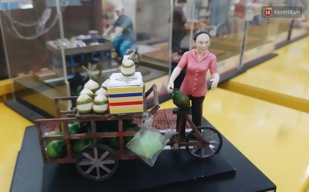 Một Sài Gòn thân thuộc và bình dị được tái hiện qua những mô hình bé xíu, nhìn là thấy cưng! - Ảnh 7.