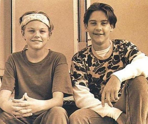 Ai ngờ tài tử Titanic Leonardo và Người nhện Tobey là bạn thân 34 năm: Nhìn hình ảnh xưa - nay mà cảm động! - Ảnh 3.