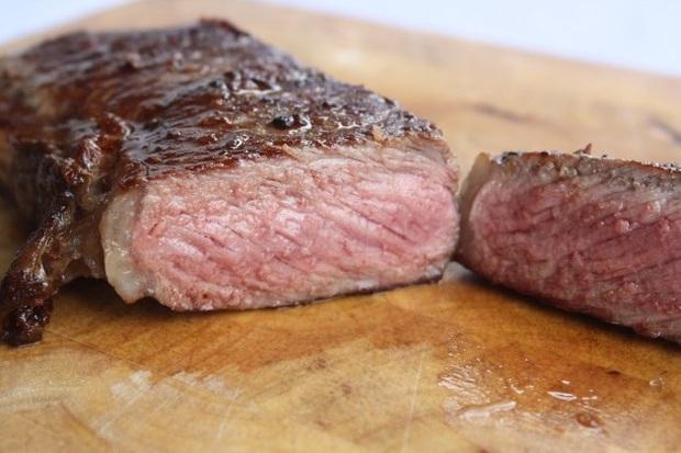Món ăn khó chế biến nhất hành tinh đích thị là bít tết: Muốn nấu chuẩn như nhà hàng, bạn phải thuộc lòng 7 mức độ chín khác nhau - Ảnh 8.