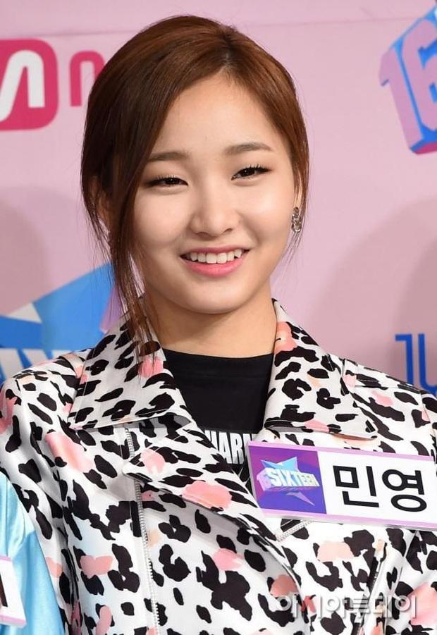 """Số phận """"thành viên hụt"""" của TWICE: Người thành diễn viên Trung Quốc, người từng hát chung hit với Sunmi dính nghi vấn bị đuổi khỏi công ty - Ảnh 2."""