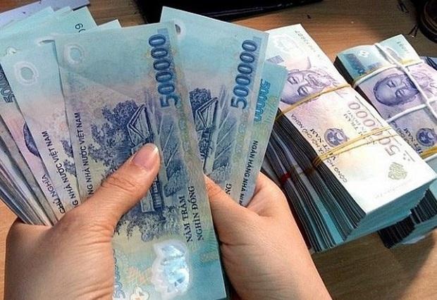 """Nữ nhân viên ngân hàng công bố """"vỡ nợ"""" gần 200 tỷ đồng - Ảnh 1."""