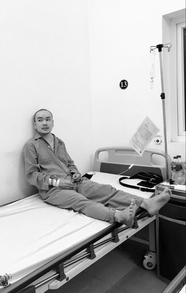 Sơn sọ phim Đội đặc nhiệm nhà C21: Chăm chỉ theo nghệ thuật, U40 mắc ung thư - Ảnh 6.