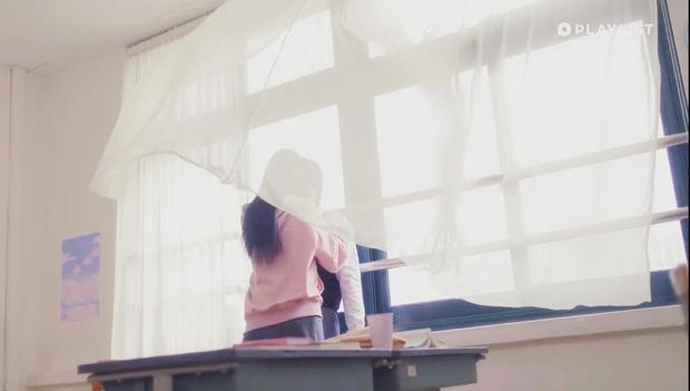 Cặp đôi Produce 101 hôn nhau tung màn gây sốt ở web drama học đường Pop Out Boy - Ảnh 4.