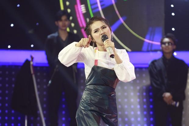 Hòa Minzy cầm tiền đi đường quyền khi chọn nhầm thí sinh ở Giọng ải giọng ai - Ảnh 6.
